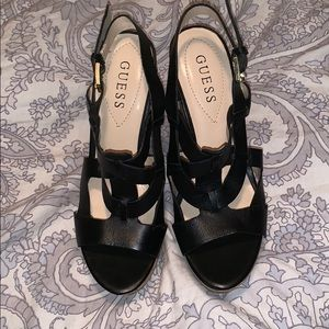 New guess black leather wedge 6.5